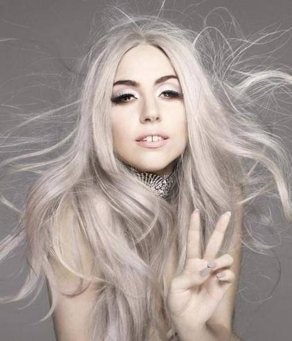 Biondo_Freddo_Lady_Gaga