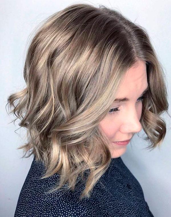 colorare i capelli biondo naturale