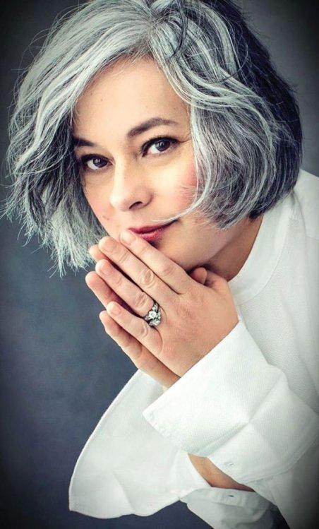 tagli capelli grigi