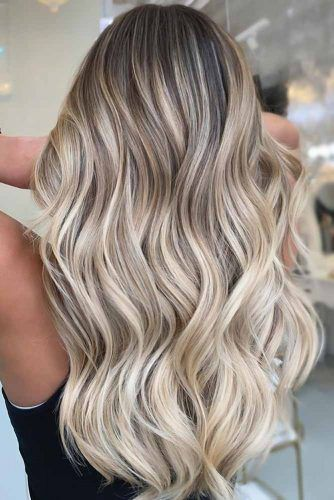 capelli platino tendenze