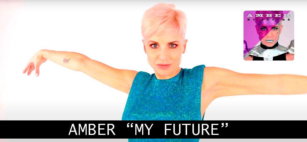 Taglio Capelli Corti Di Successo: Il Look Di Amber Per Il Lancio di MY FUTURE